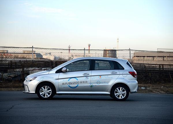 中签率预计低于30% 北京迎来新能源汽车摇号热