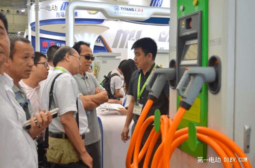 泰坦科技亮相上海充电设备展:满足需求 技术创新是关键