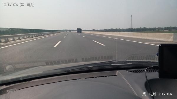 谁说电动汽车不能长途旅行?看江淮iev4车主如何首次跨越长江黄河