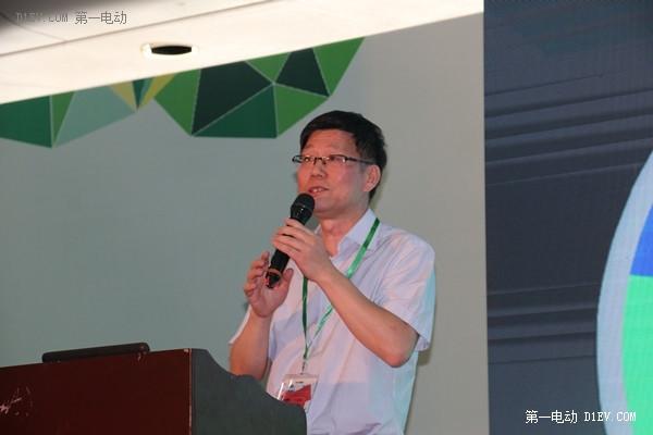 刘建华:上海新能源牌照明年还支持 对各地造电动车大门常打开