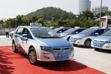 续航400公里!比亚迪新款e6纯电动出租车投放深圳