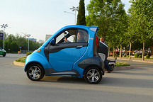追求高续航里程 小型电动车需更谨慎