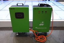 科陆亮相充电设备展 发布电动汽车移动充电宝
