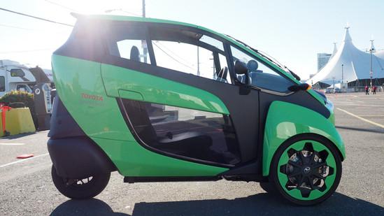 丰田打破传统的三轮电动汽车i-Road