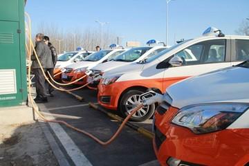 补贴1:1 河北明年起逐步在全省推广电动出租车