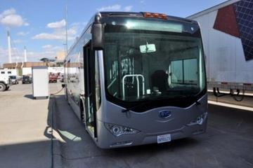 比亚迪再获美国85辆电动巴士订单 续航达250km