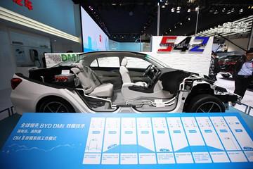 比亚迪登顶2015全球销量榜 中国新能源车吐气扬眉