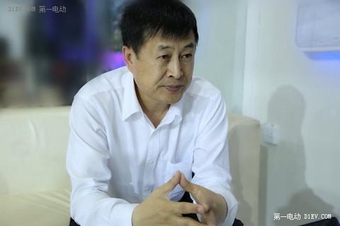 山东德瑞博新能源汽车有限公司董事长王德伦