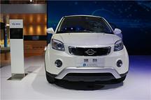 逸酷小型纯电动SUV领衔 长江EV系列产品首次亮相北京车展