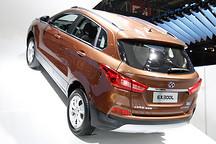 北汽新能源首款A级纯电动SUV EX300L北京车展首发
