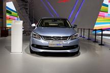 奇瑞首款插电混动车艾瑞泽7PHEV 26日上市