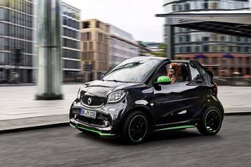 smart将推三款电动车 巴黎车展正式亮相