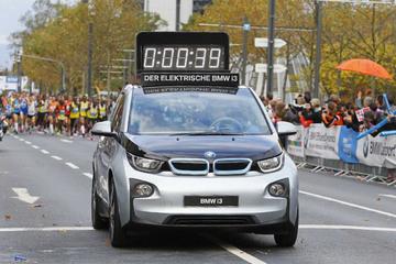 纯电动BMW i3为柏林马拉松官方指定用车