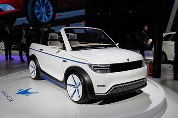 北汽集团携新能源全系亮相2016新能源汽车成果展