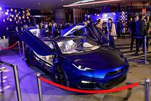 3.7秒破百 GLM-G4纯电动超级跑车香港亮相