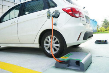 2016年中国新能源汽车产量有望占全球总量40%