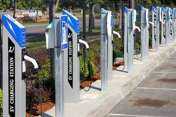至2020年成都拟建充电桩11万个 满足20万辆车需求