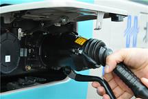 80台电动车可同时充电,兰州两座大型新能源汽车充电站试运行