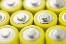 多达895.6万kWh,2016年电动乘用车市场电池需求比上年几乎翻一番