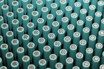 8家铅酸企业锂电进击战 梯队竞争态势趋显