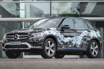 奔驰将新能源研发重心转至纯电动车型