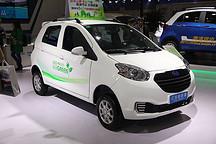 将低速电动车纳入摩托车类管理 有效监管才能利国利民