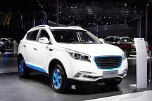 华泰携新能源双子XEV260/IEV230 亮相2017上海国际车展