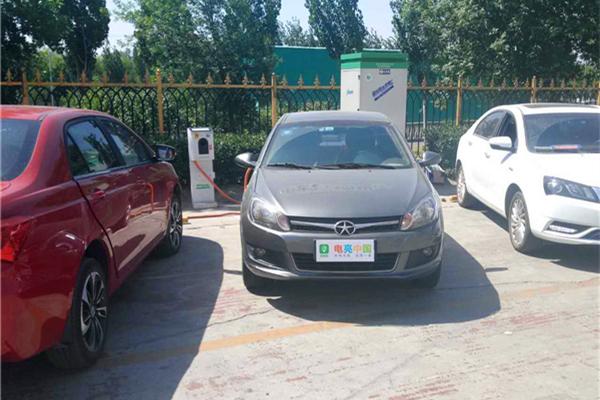电亮中国第四季之充电群英会:江淮iev4的小意外