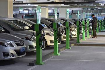 中国新能源车产能超6000万辆 国外巨头抢占战略高地