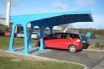 环保汽车太阳能充电站