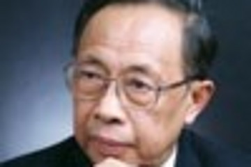 陈清泉:电动汽车产业化的挑战与机遇