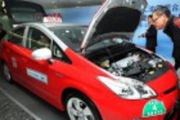 香港油电混合动力出租车明年初投入服务