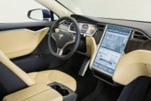 華貴的簡約派VS靜謐的電騎士-試駕特斯拉Model S