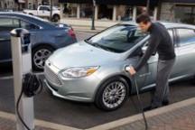 福特召回电动福克斯 前大灯存安全隐患