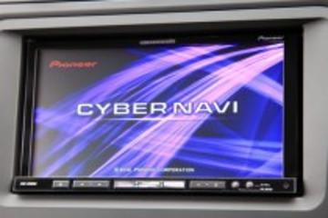 Cyber Navi车载导航仪科幻感十足 适用视力不佳人群