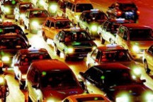 汽车消费持续走高 石油对外依存度逼近十二五底线