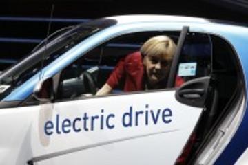 汽车业助力默克尔轻松连任德国总理