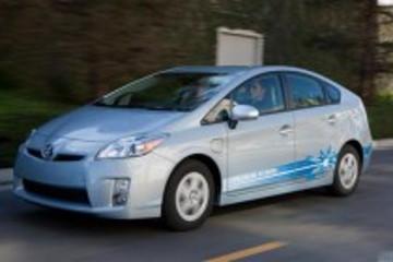 丰田在美下调普锐斯混动车售价 最高降4600美元