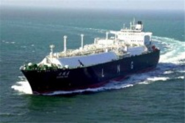 广西签订建造首批LNG-柴油混合动力船舶