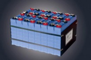 黄学杰:磷酸铁锂电池是电动汽车的正确选择