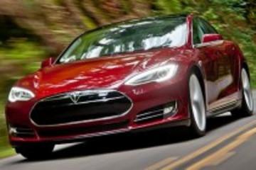 特斯拉Model S加拿大获年度豪华中型车