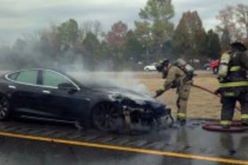 由电动汽车起火谈电动车电池技术的现状和未来