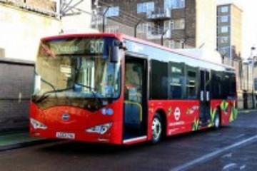 比亚迪电动巴士在英国伦敦投入运行