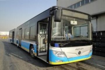 福田18米装载佩特来电驱动系统的纯电动公交车下线