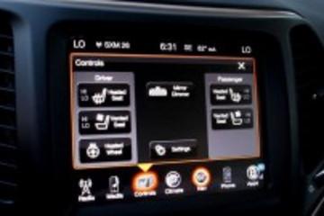 菲亚特Uconnect系统亮相2014年北美车展