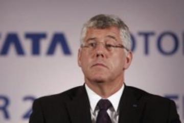 印度塔塔汽车总经理酒店坠楼 疑似自杀