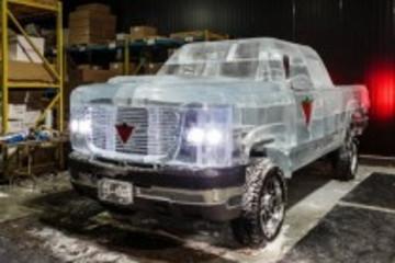 电动车电池组合冰造货车上路