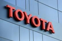 丰田在美花10亿美元买轻松 拒不认存安全缺陷
