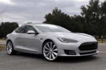 特斯拉Model S电动车在日本上市 售价8-11万美元