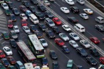 美国汽车行业打响折扣战